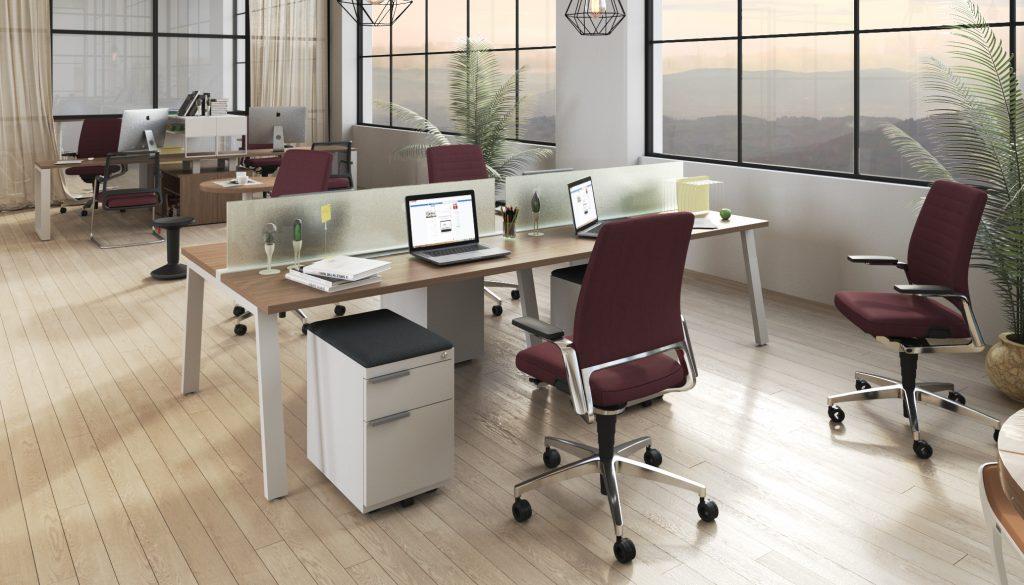 Tremain - Mobiliario de oficina - sillas rojas con escritorios de madera